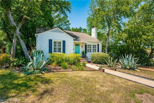 Photo of Listing #1595902