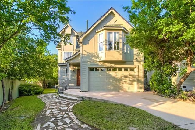 Photo of Listing #1730969