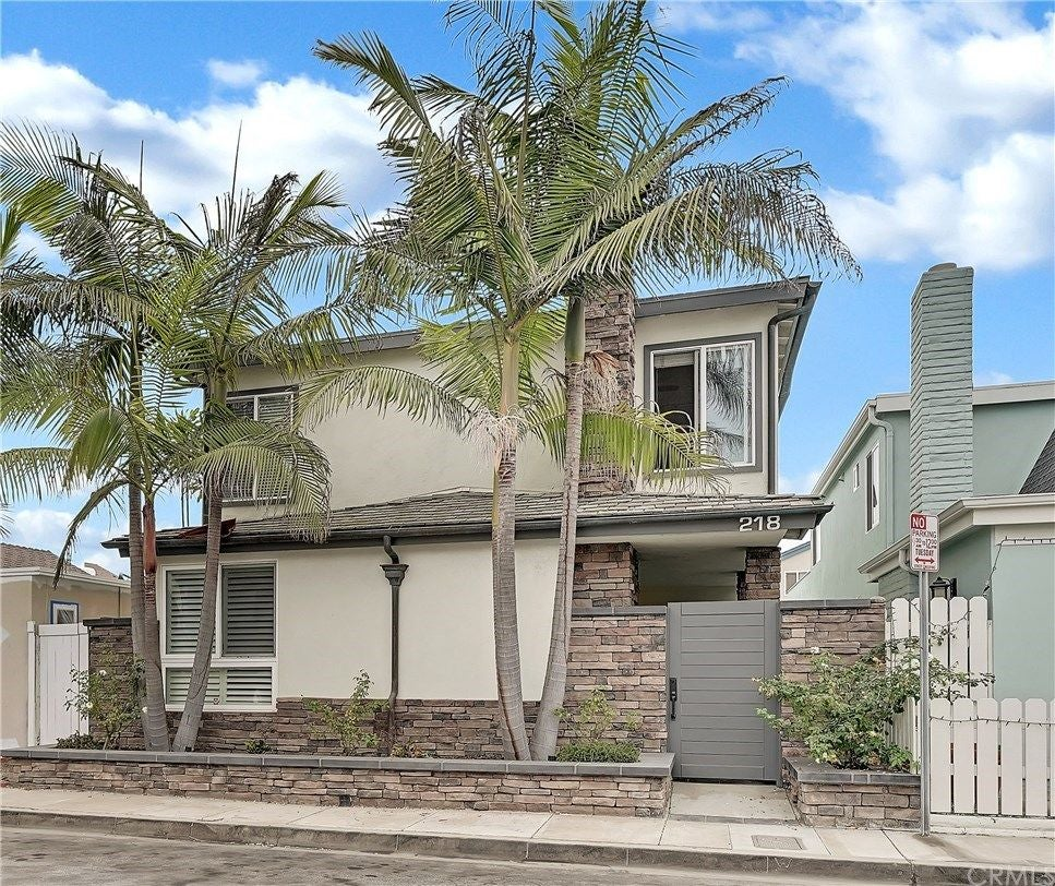 218 Walnut Street, Newport Beach