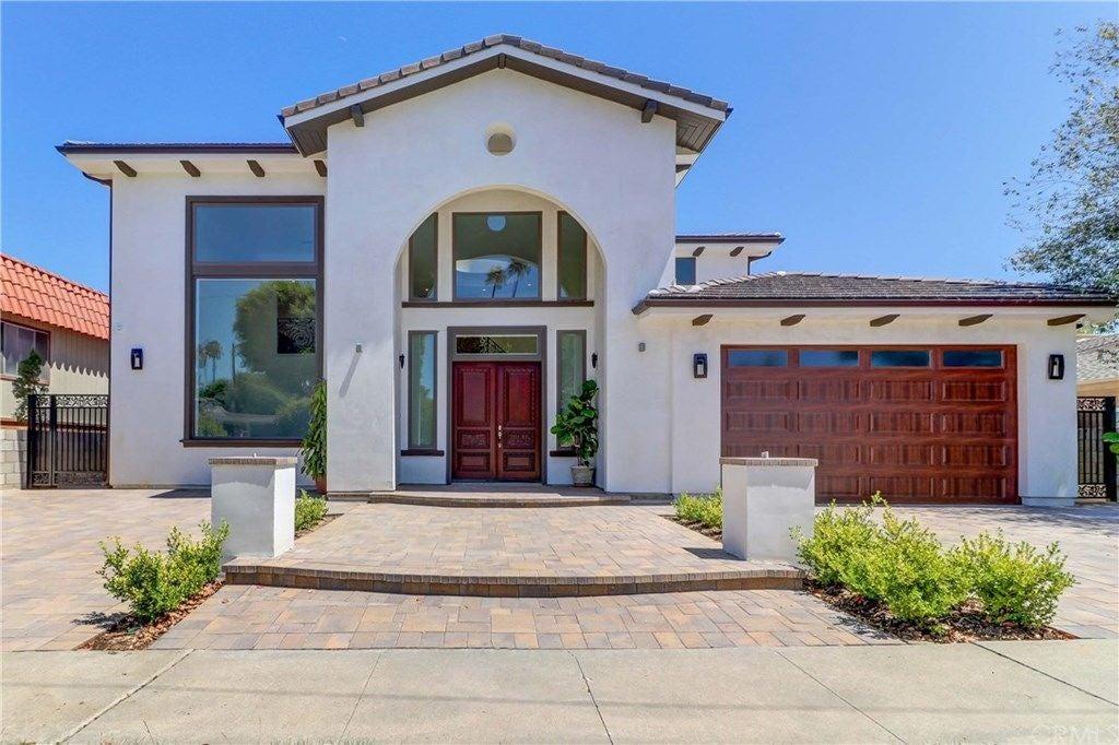 2392 Redlands Drive, Newport Beach