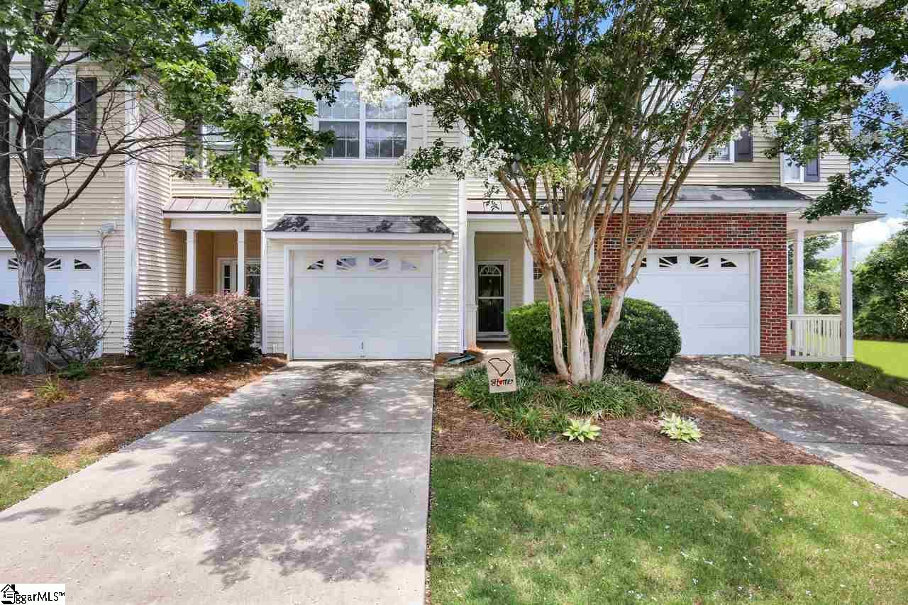 Real Estate Simpsonville - Condo/Townhouse Property for Sale at 4 Bay Spring Drive