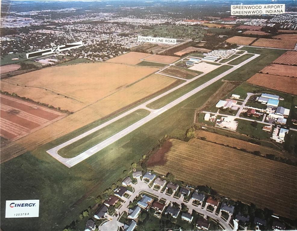 5 Airport Parkway MLS 21510099 Empty photo 0