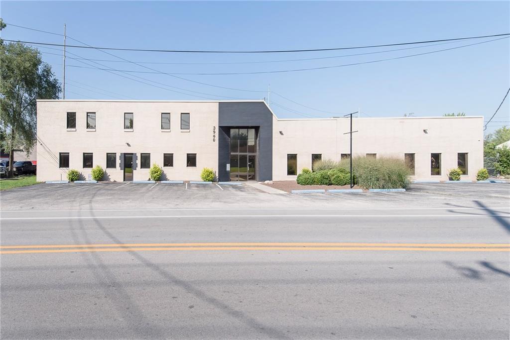 3960 Southeastern Avenue MLS 21581254 Empty photo 0