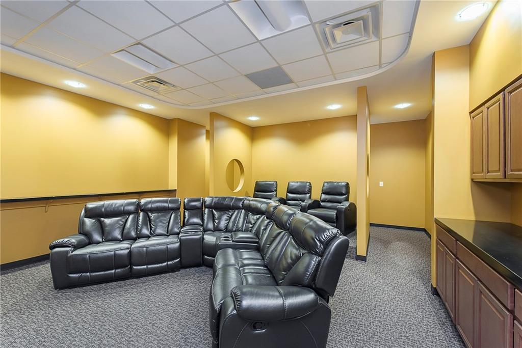 3960 Southeastern Avenue MLS 21581254 Empty photo 18