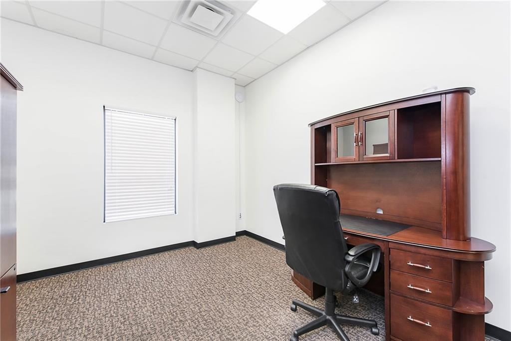 3960 Southeastern Avenue MLS 21581254 Empty photo 27