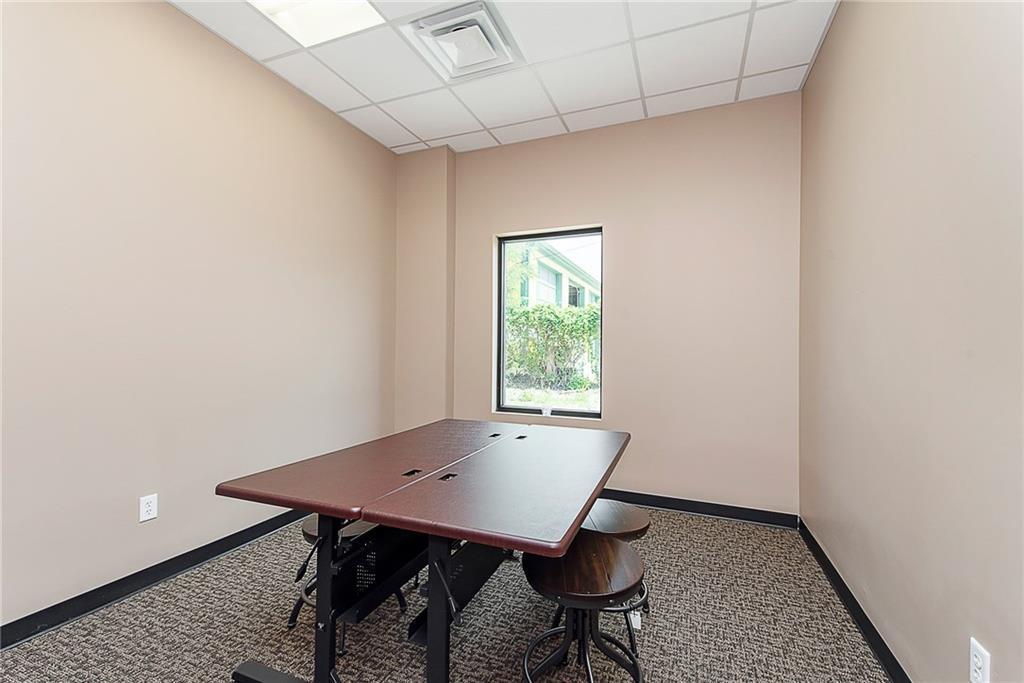 3960 Southeastern Avenue MLS 21581254 Empty photo 39