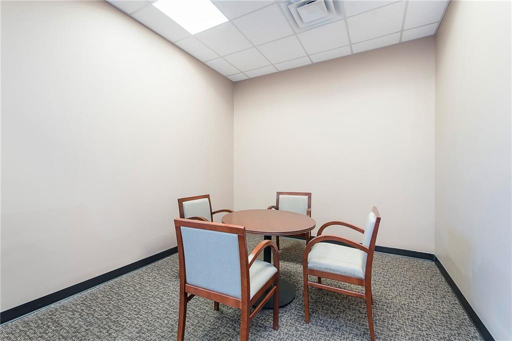 3960 Southeastern Avenue MLS 21581254 Empty photo 44
