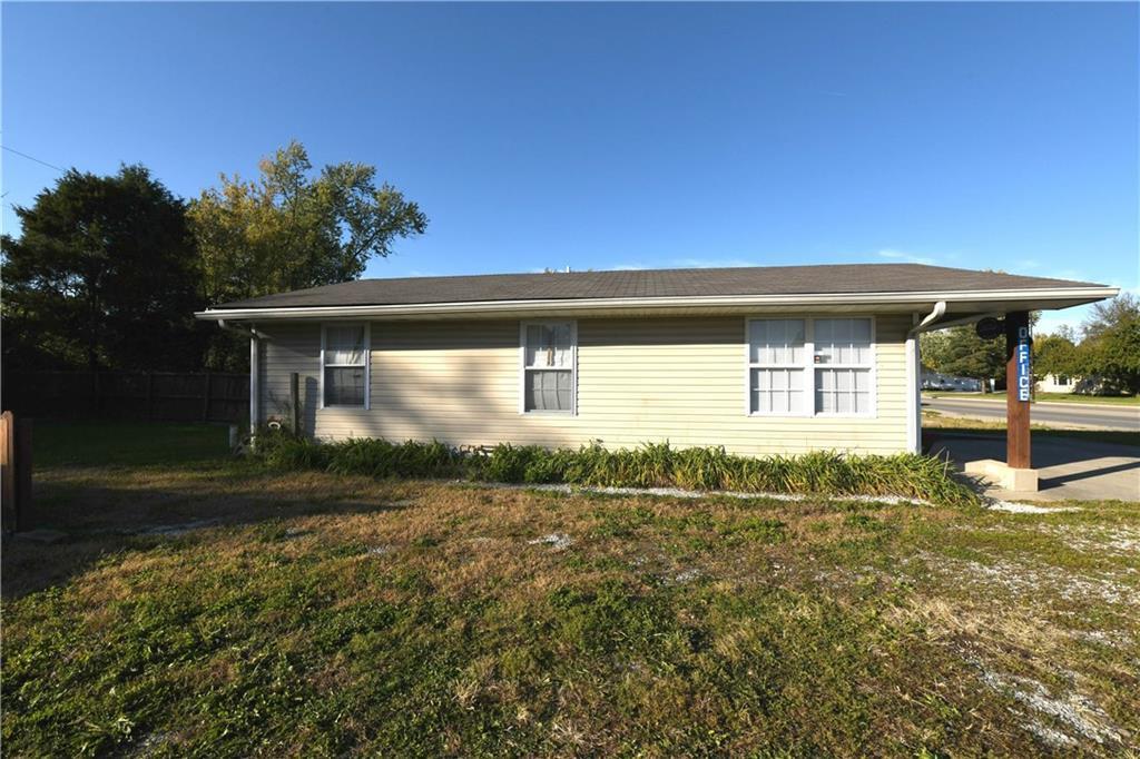3120 S Keystone Avenue Sw 26222 MLS 21601796 Empty photo 3