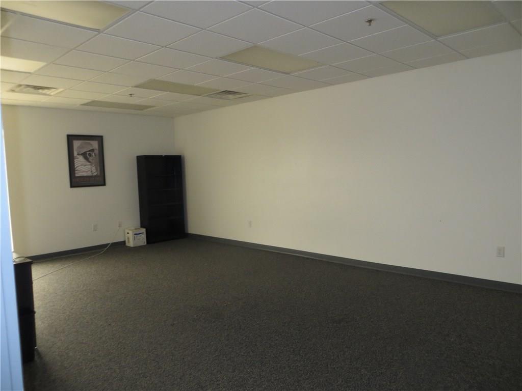 554 Pit Road MLS 21603770 Empty photo 36