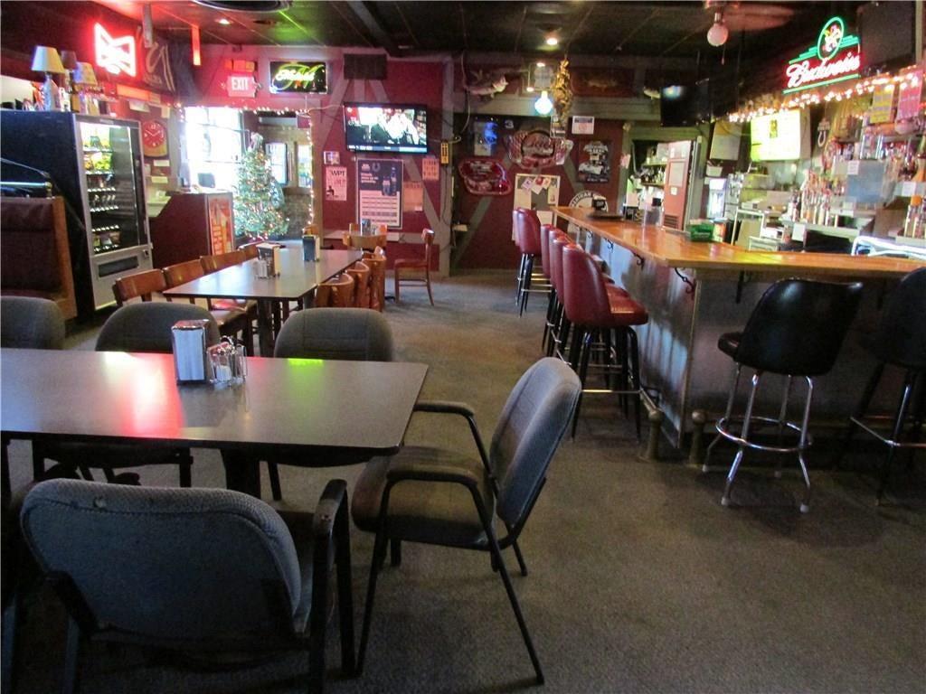 7941 E 30th Street MLS 21610423 Empty photo 27