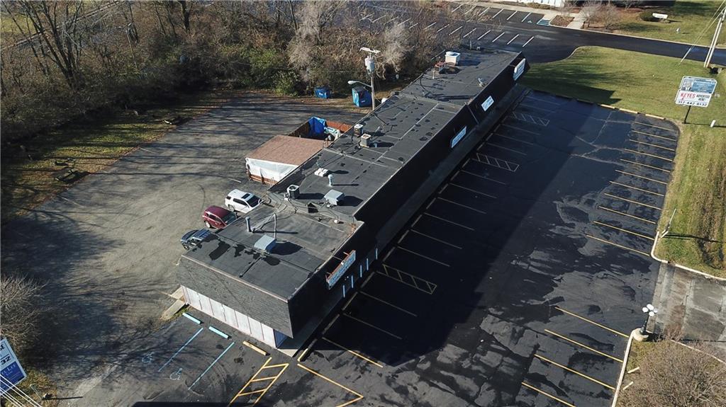 7941 E 30th Street MLS 21610423 Empty photo 1