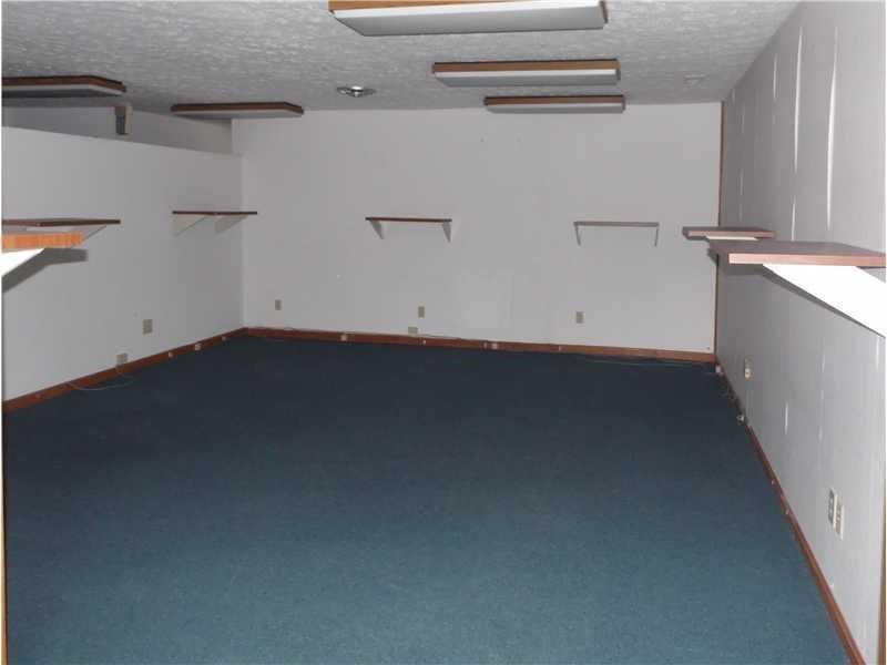 8167 E 21st Street MLS 21614975 Empty photo 2