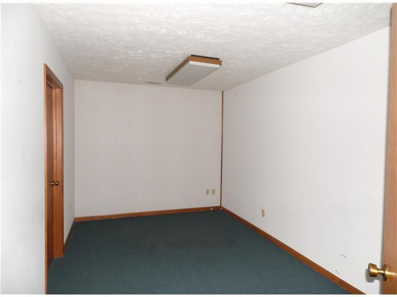 8167 E 21st Street MLS 21614975 Empty photo 3