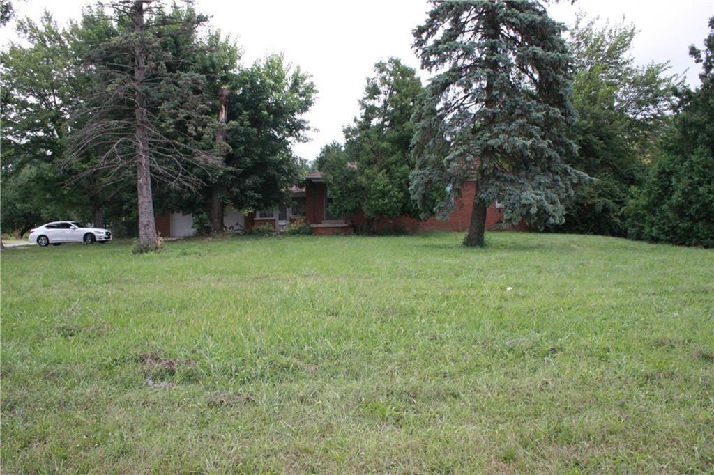 3204 E Main Street MLS 21662834 Empty photo 4