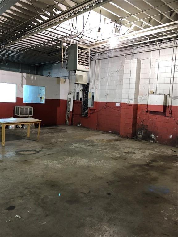 1111 E Nelson Avenue MLS 21676503 Empty photo 1