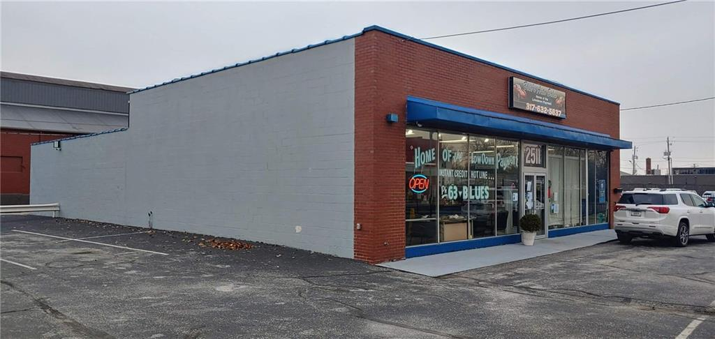 2511 E Washington Street MLS 21685259 Empty photo 2