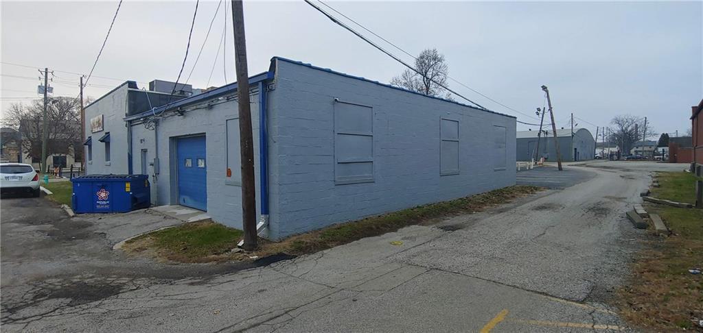 2511 E Washington Street MLS 21685259 Empty photo 5