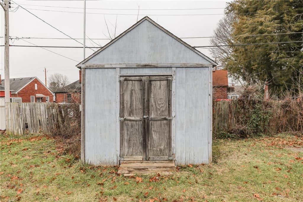 1868 Lafayette Road MLS 21691404 Empty photo 24