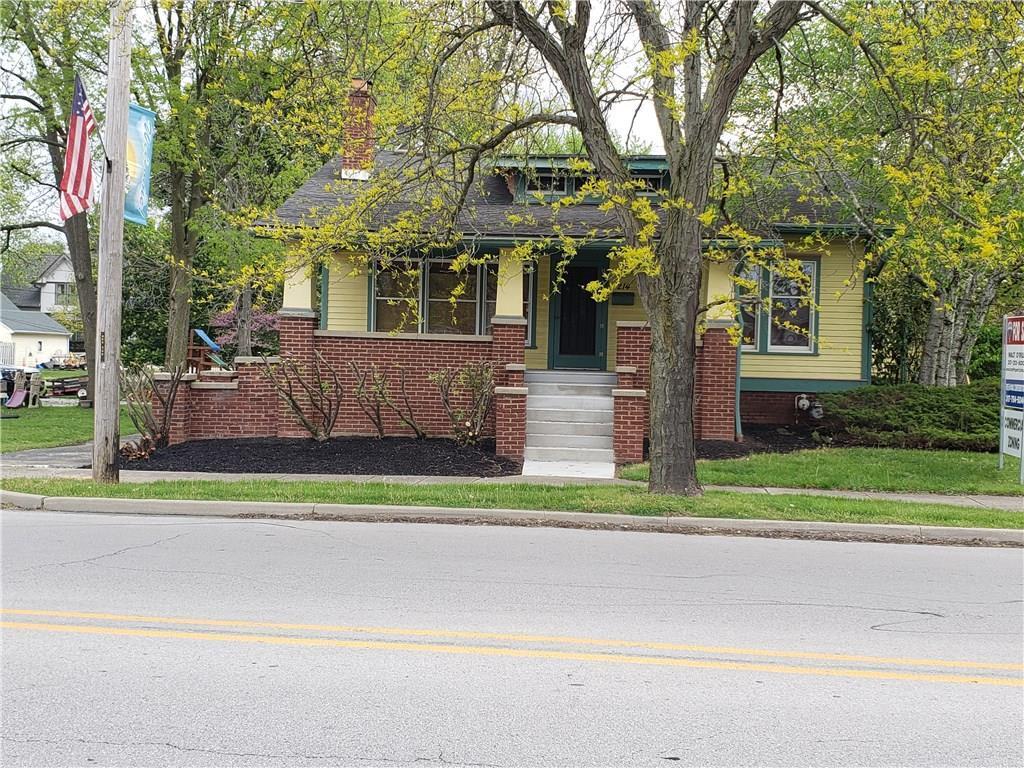 214 E Main Street MLS 21691440 Empty photo 2