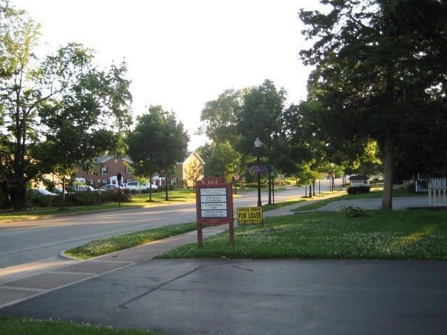 300 Main Street E MLS 21698692 Empty photo 6