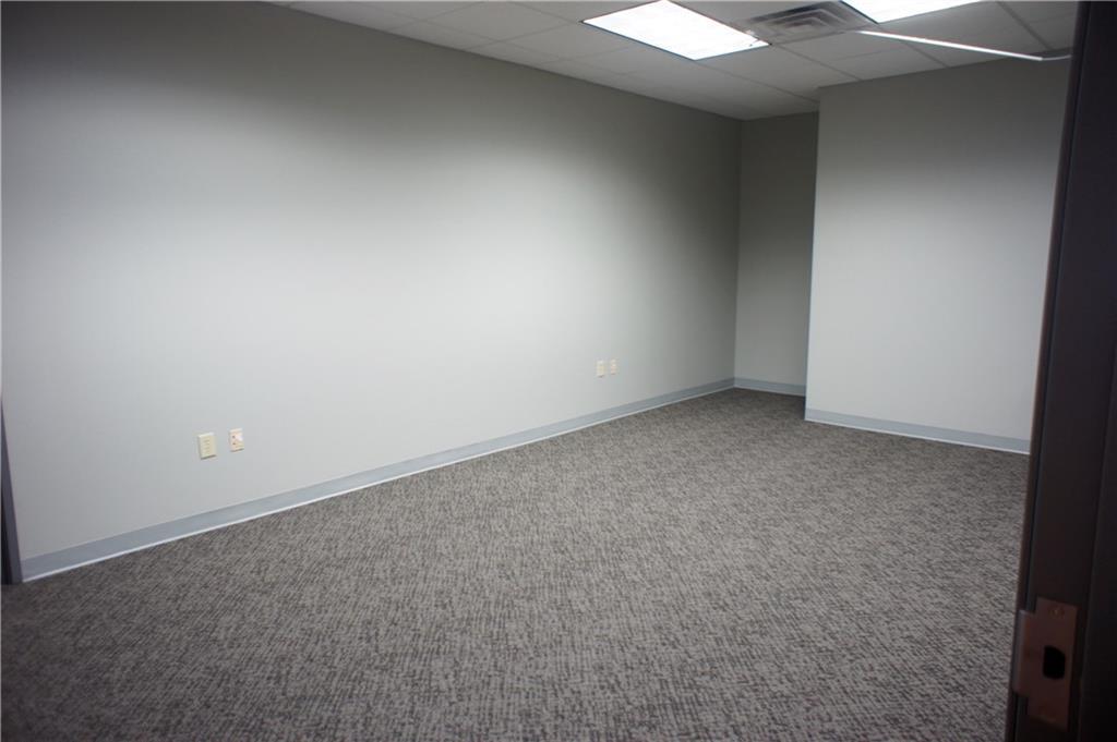 209 E 175 Street MLS 21703384 Empty photo 8