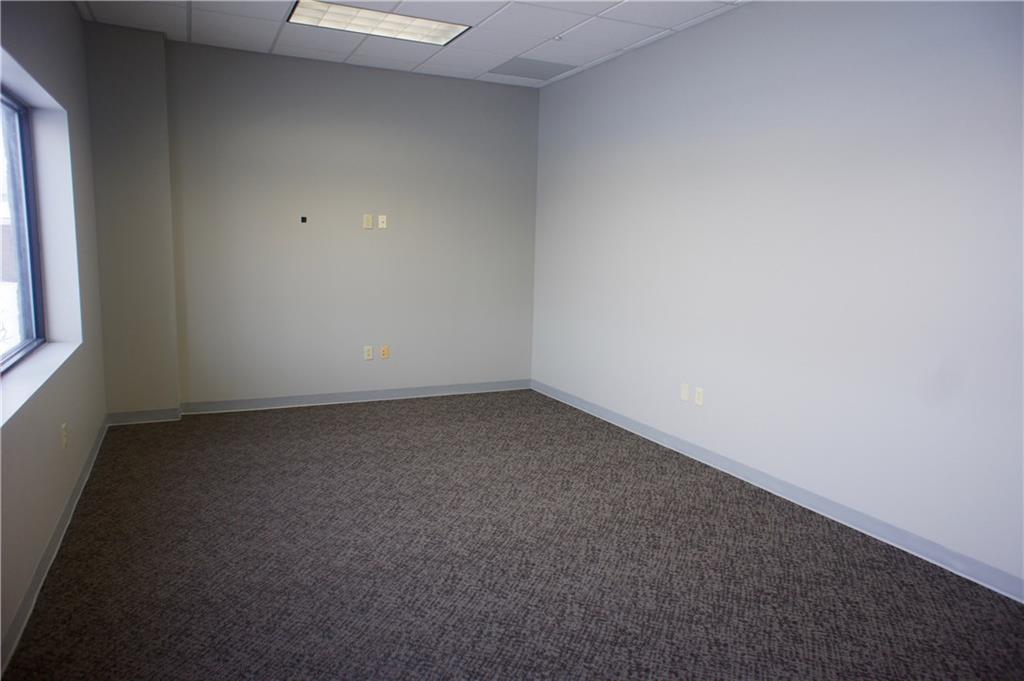 209 E 175 Street MLS 21703384 Empty photo 4