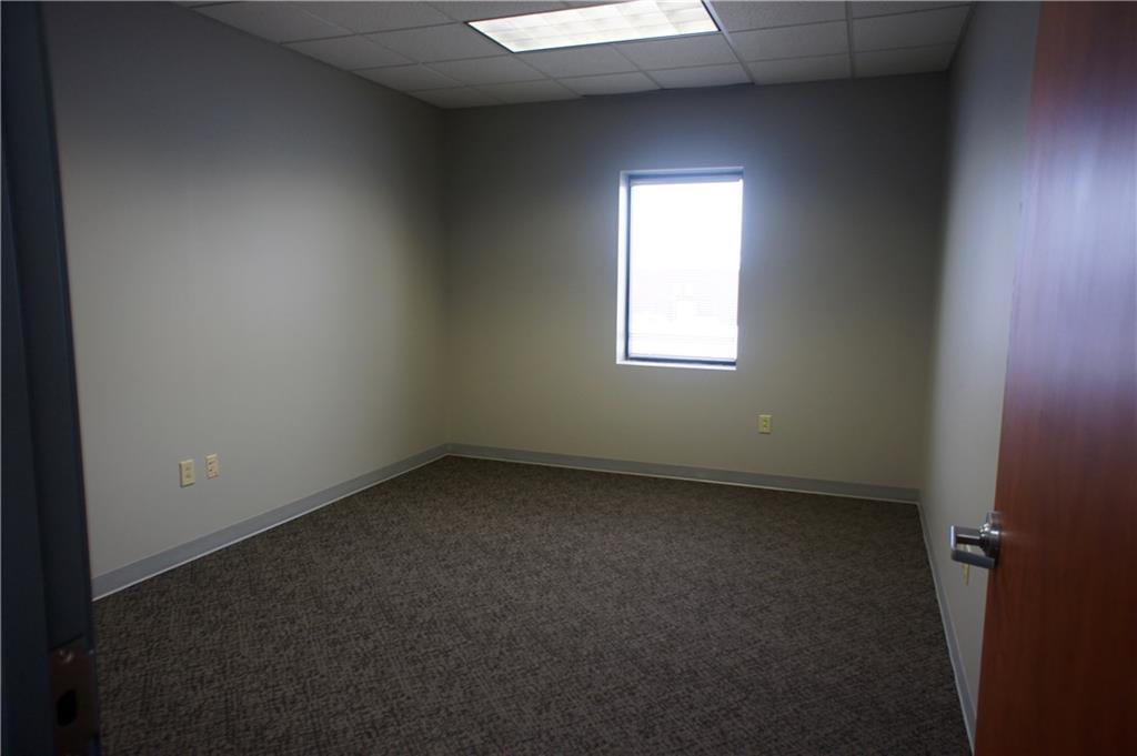 209 E 175 Street MLS 21703384 Empty photo 6