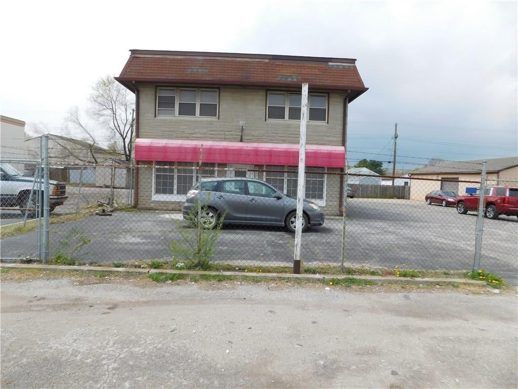 2742 S Holt Road S MLS 21705466 Empty photo 1