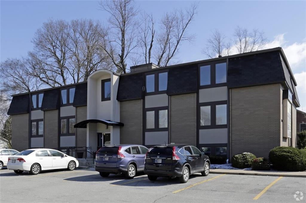 740 E 52nd Street, Indianapolis