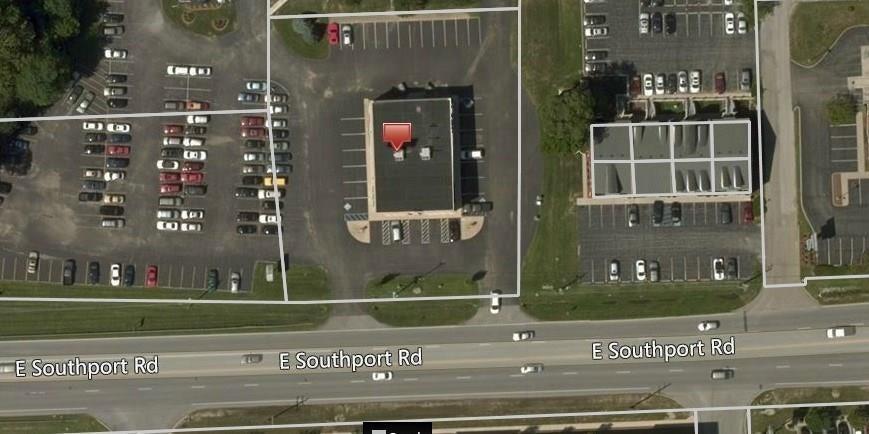 3850 E Southport Road MLS 21708235 Empty photo 5