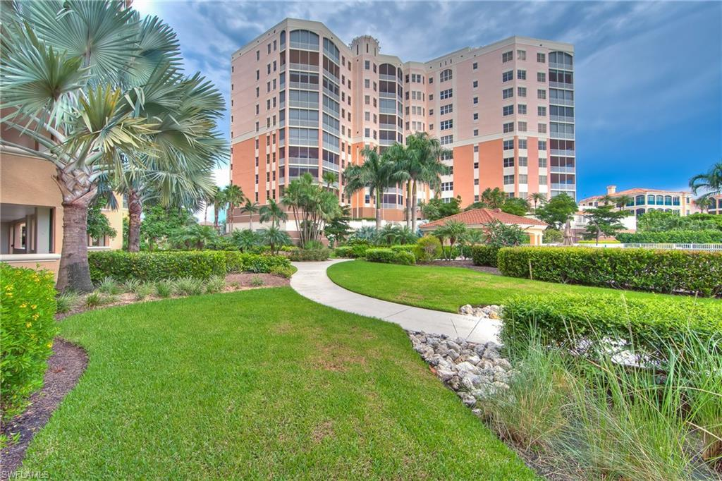 GULF HARBOUR YACHT AND COUNTRY CLUB Real Estate - View SW FL MLS #218073806 at 14270 Royal Harbour Ct 1122 in THE PARAMOUNT in FORT MYERS, FL - 33908