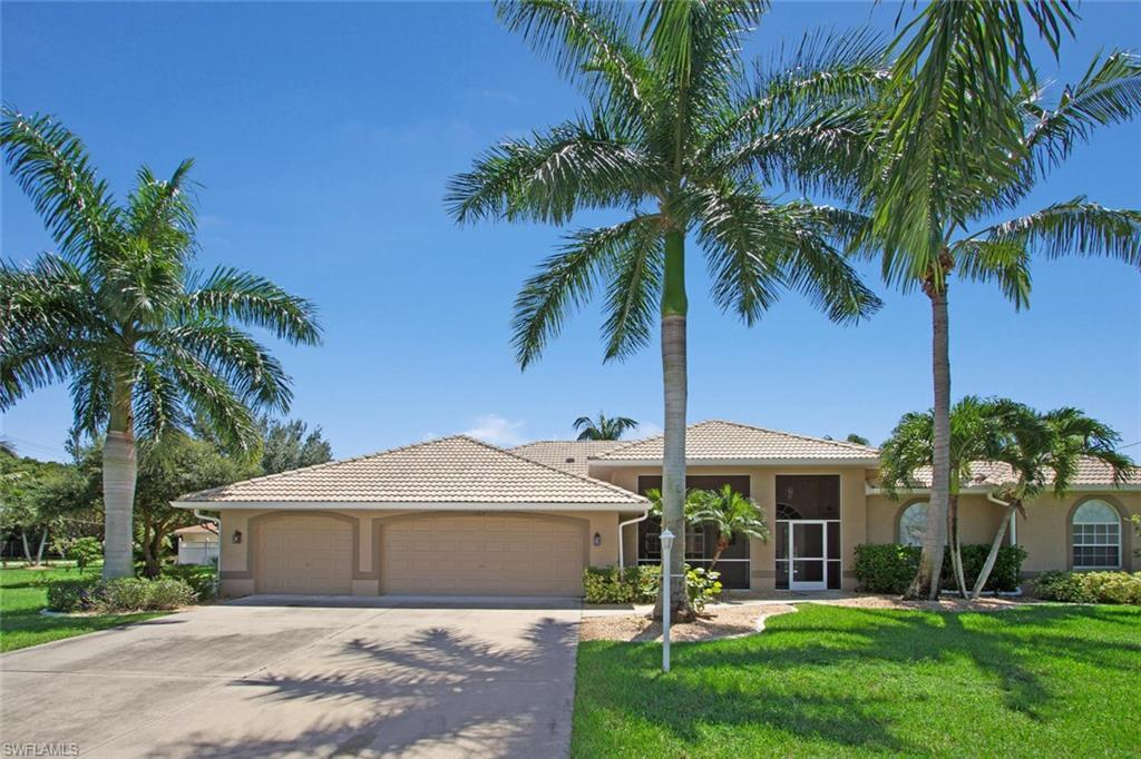 SW Florida Home for Sale - View SW FL MLS Listing #218084723 at 1917 Se 17th Pl in CAPE CORAL, FL - 33990