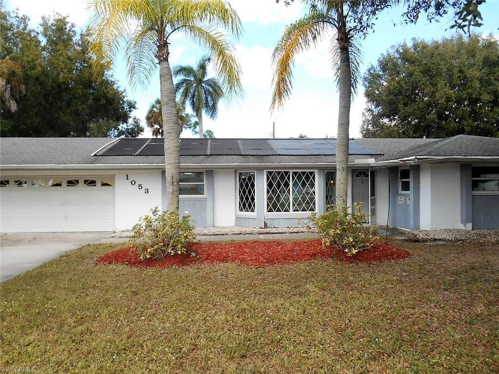 SW Florida Real Estate - View SW FL MLS #219005282 at 1053 El Mar Ave in NATOMA PARK in FORT MYERS, FL - 33919