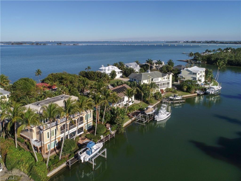 SW Florida Home for Sale - View SW FL MLS Listing #219009392 at 1237 Isabel Dr in SANIBEL, FL - 33957