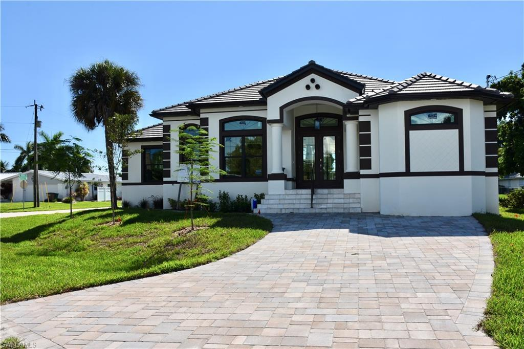 SW Florida Home for Sale - View SW FL MLS Listing #219020368 at 5266 Nautilus Dr in CAPE CORAL, FL - 33904