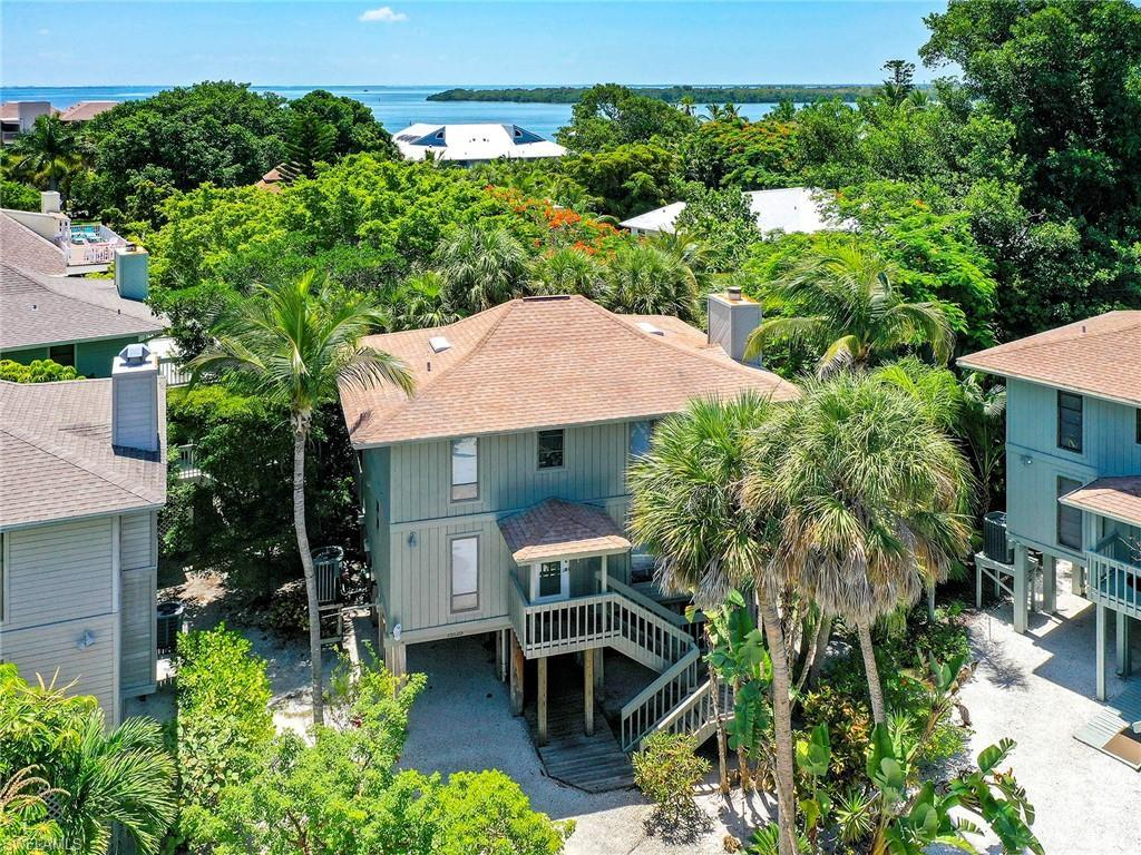 SW Florida Home for Sale - View SW FL MLS Listing #219039362 at 42 Oster Ct in CAPTIVA, FL - 33924