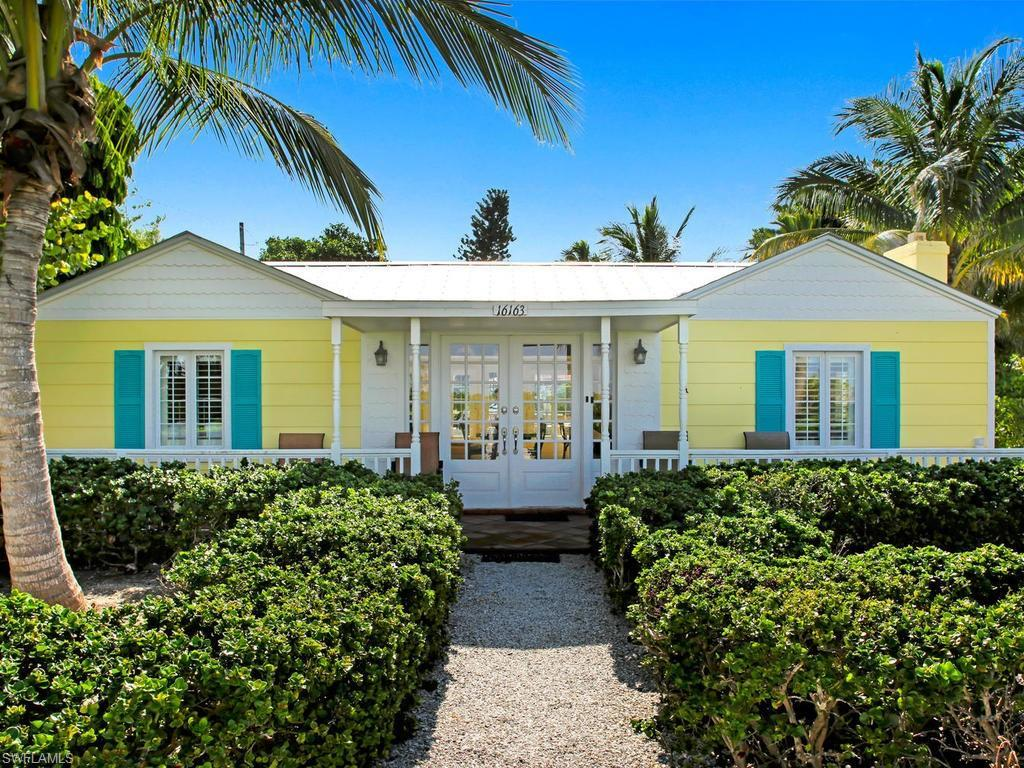 SW Florida Home for Sale - View SW FL MLS Listing #219056910 at 16163 Captiva Dr in CAPTIVA, FL - 33924