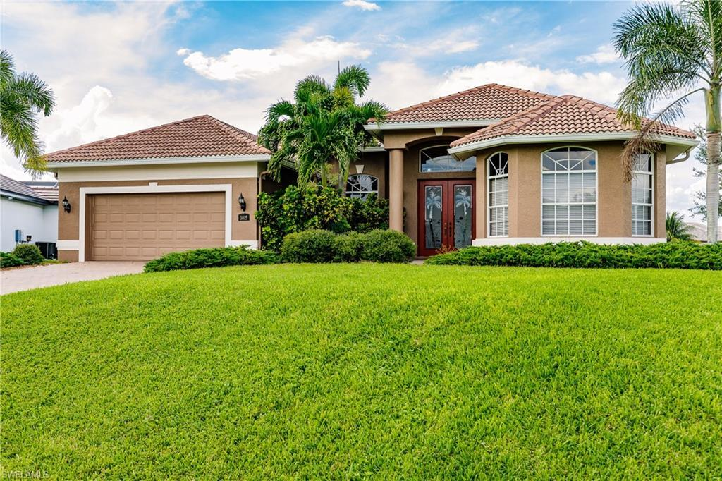 SW Florida Home for Sale - MLS #219057574