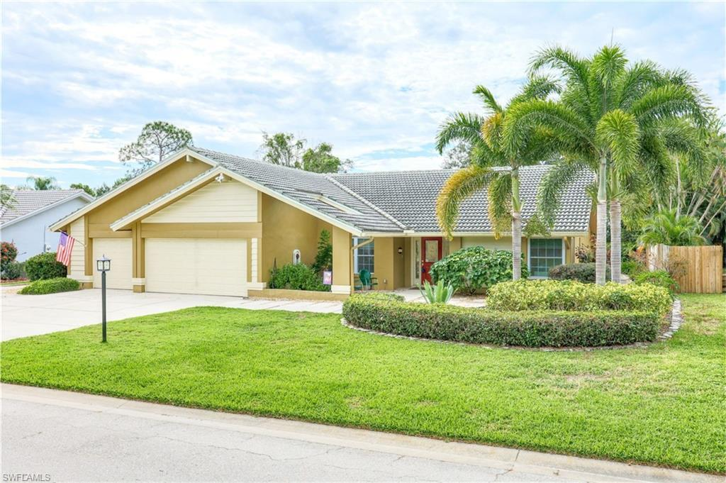 SW Florida Home for Sale - View SW FL MLS Listing #219066180 at 5805 Cordwood Ln in FORT MYERS, FL - 33919