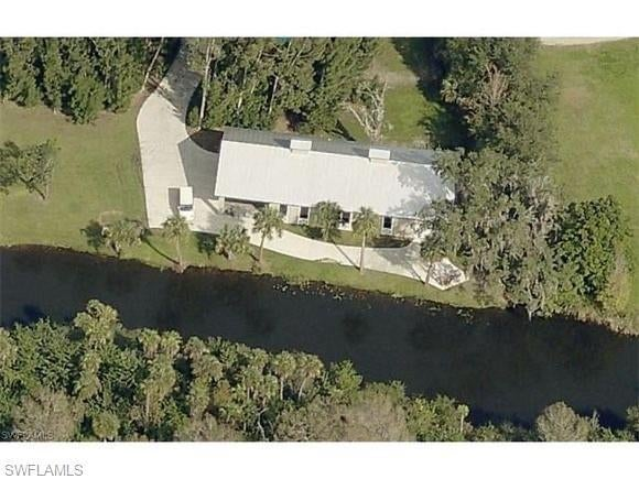 SW Florida Home for Sale - View SW FL MLS Listing #219073362 at 17340 Palm Beach Blvd in ALVA, FL - 33920