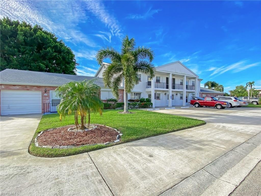 SW Florida Home for Sale - View SW FL MLS Listing #219075915 at 8781 Lueck Ln 5 in FORT MYERS, FL - 33919