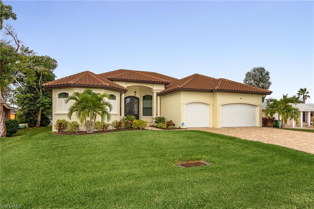 SW Florida Home for Sale - View SW FL MLS Listing #219082580 at 5340 Cortez Ct in CAPE CORAL, FL - 33904
