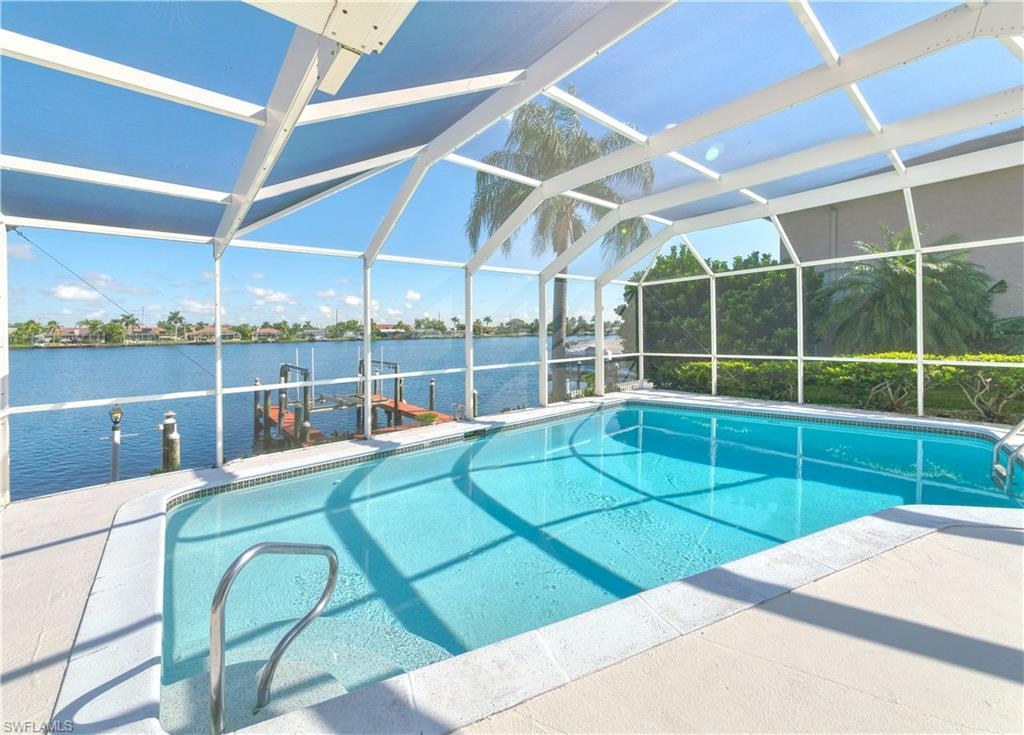 SW Florida Home for Sale - View SW FL MLS Listing #219083626 at 705 Sw 49th Ln in CAPE CORAL, FL - 33914