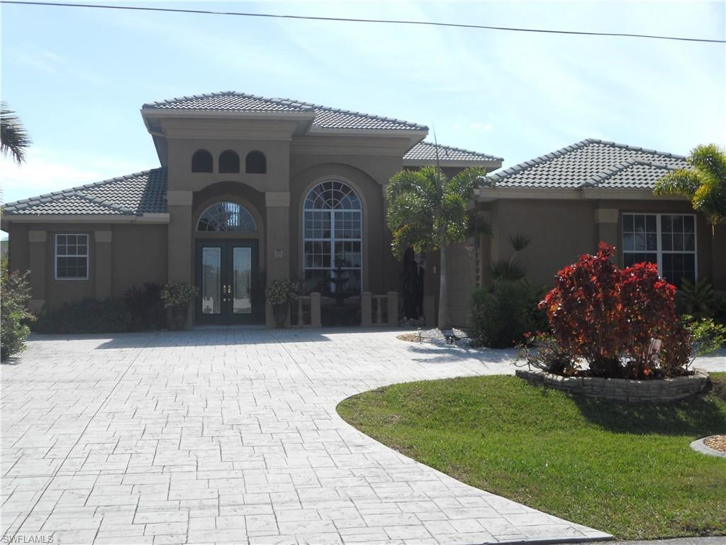 SW Florida Home for Sale - View SW FL MLS Listing #220002522 at 1508 Sw 47th St in CAPE CORAL, FL - 33914