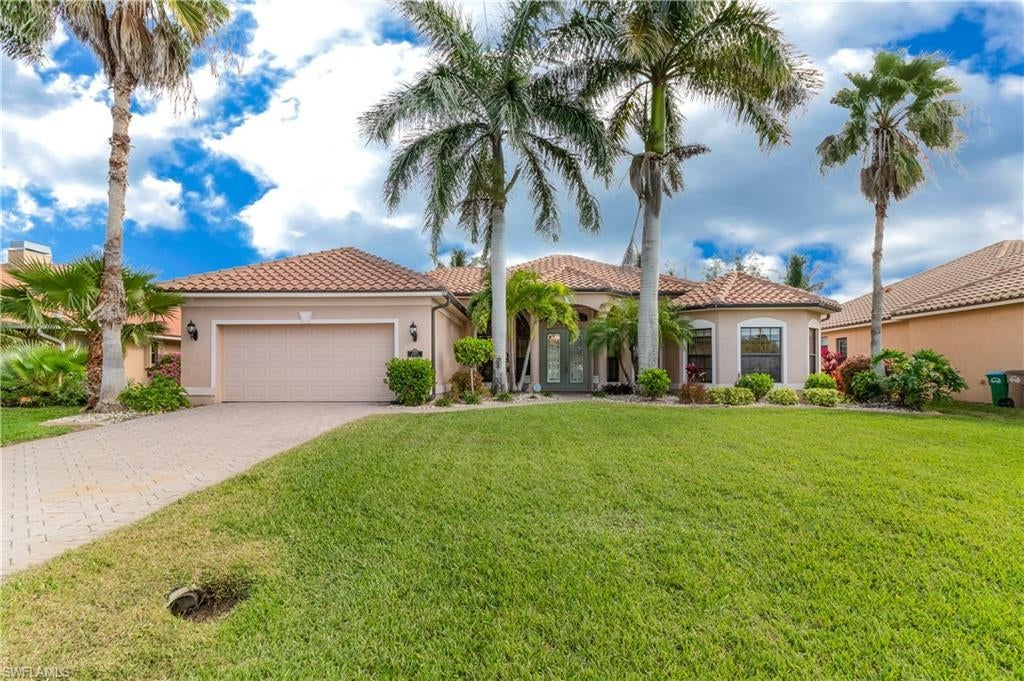 SW Florida Real Estate - View SW FL MLS #220003520 at 4705 Sw 23rd Ave in CAPE CORAL in CAPE CORAL, FL - 33914