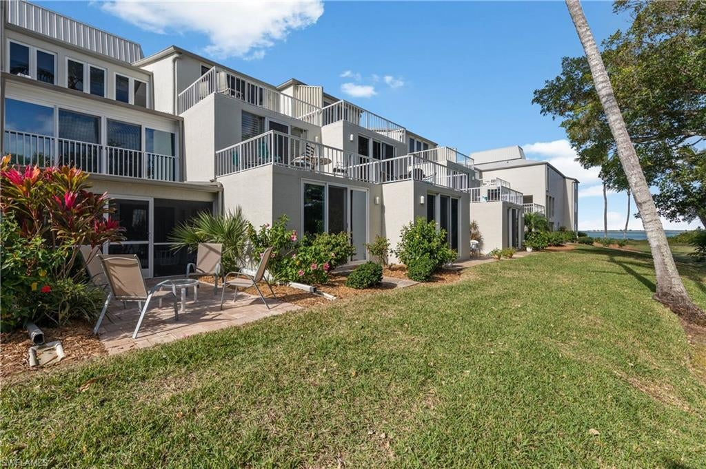 SW Florida Home for Sale - View SW FL MLS Listing #220003904 at 200 Periwinkle Way 120 in SANIBEL, FL - 33957