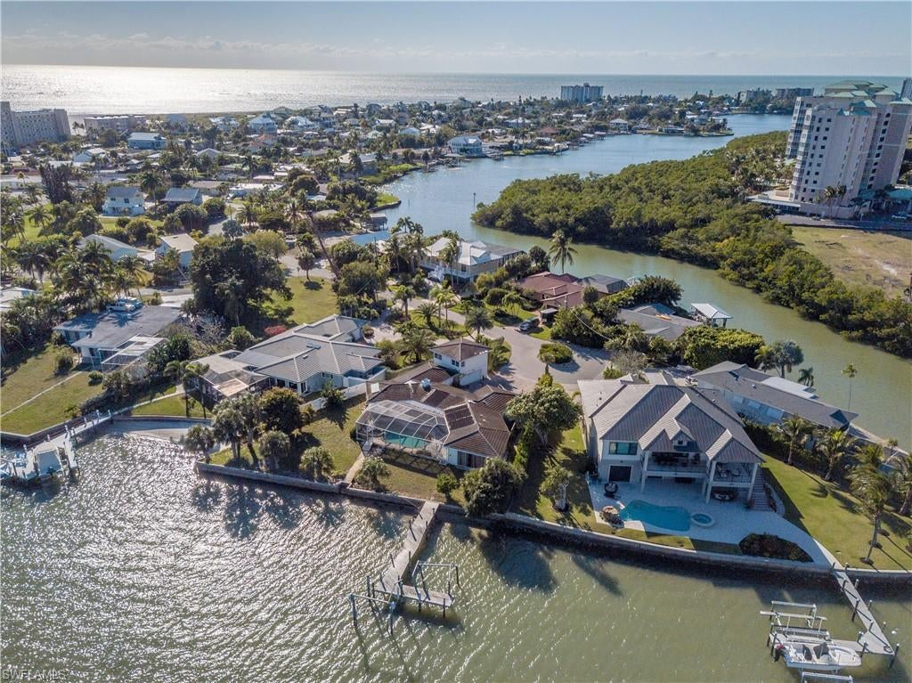 SW Florida Home for Sale - View SW FL MLS Listing #220004640 at 280 Estrellita Dr in FORT MYERS BEACH, FL - 33931