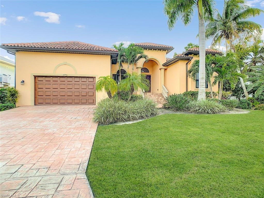FORT MYERS BEACH Home for Sale - View SW FL MLS #220002964 in PALM ISLES