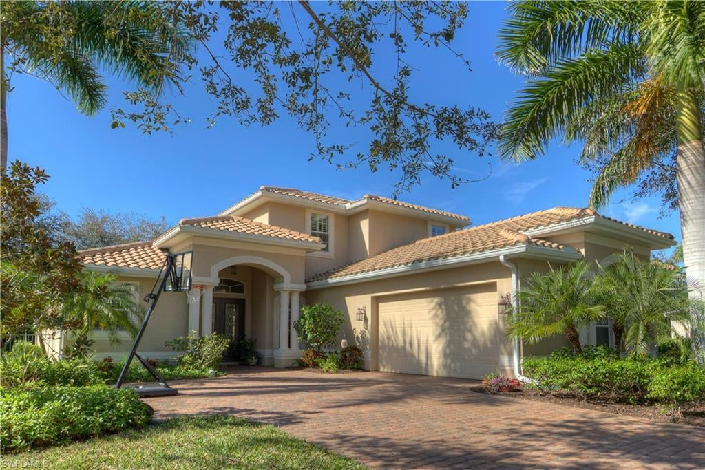 VERIDIAN Home for Sale - View SW FL MLS #220005707 at 16127 Waterleaf Ln in VERIDIAN in FORT MYERS, FL - 33908