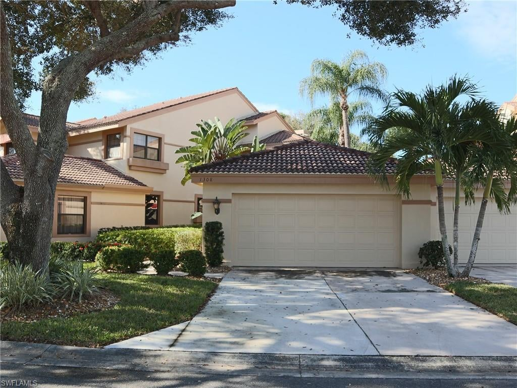 FAIRWAY WOODS AT THE FOREST Home for Sale - View SW FL MLS #220008536 at 16201 Fairway Woods Dr 1308 in THE FOREST in FORT MYERS, FL - 33908